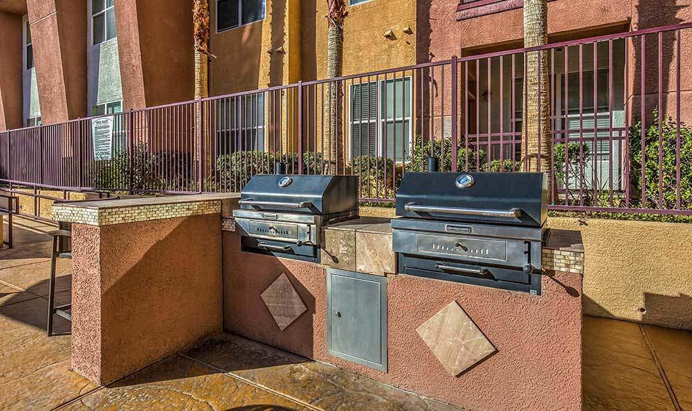 Outdoor grills for residents of Lofts at 7100