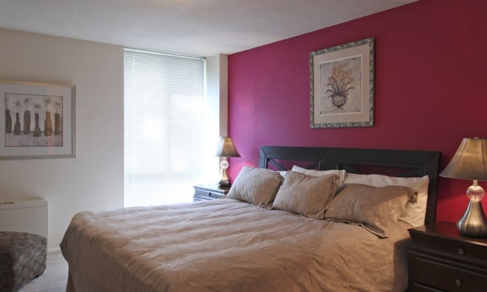 Well decorated bedroom at Marbury Plaza in Washington