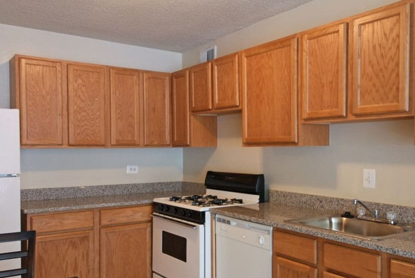 Fully equipped kitchen at Marbury Plaza
