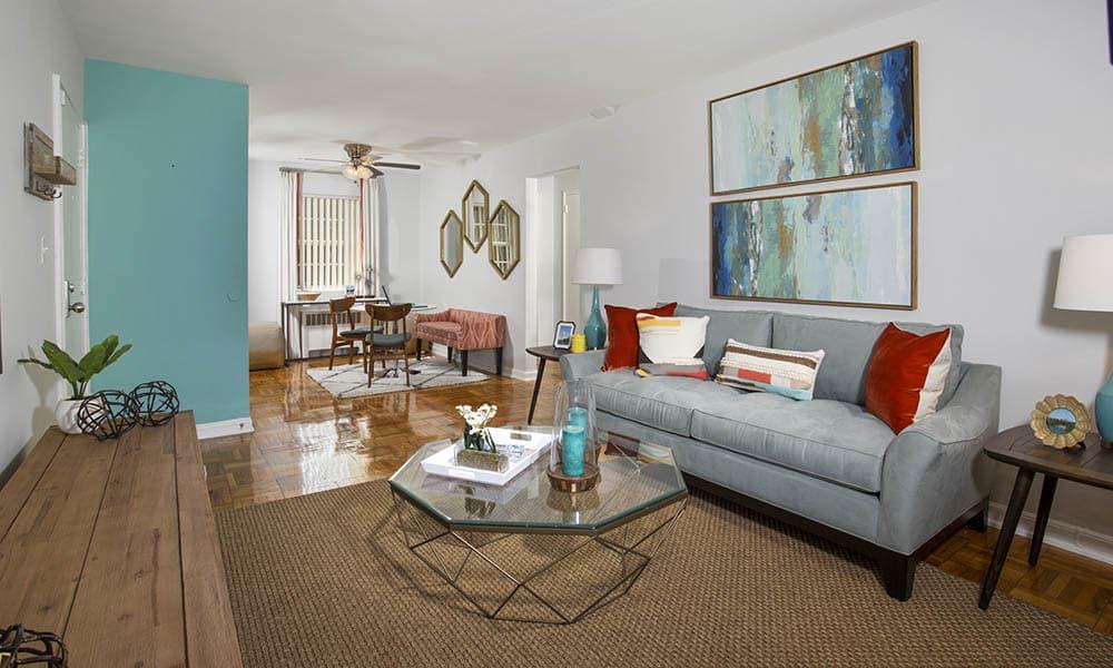 Photos of Queenstown Apartments in Mount Rainier, MD