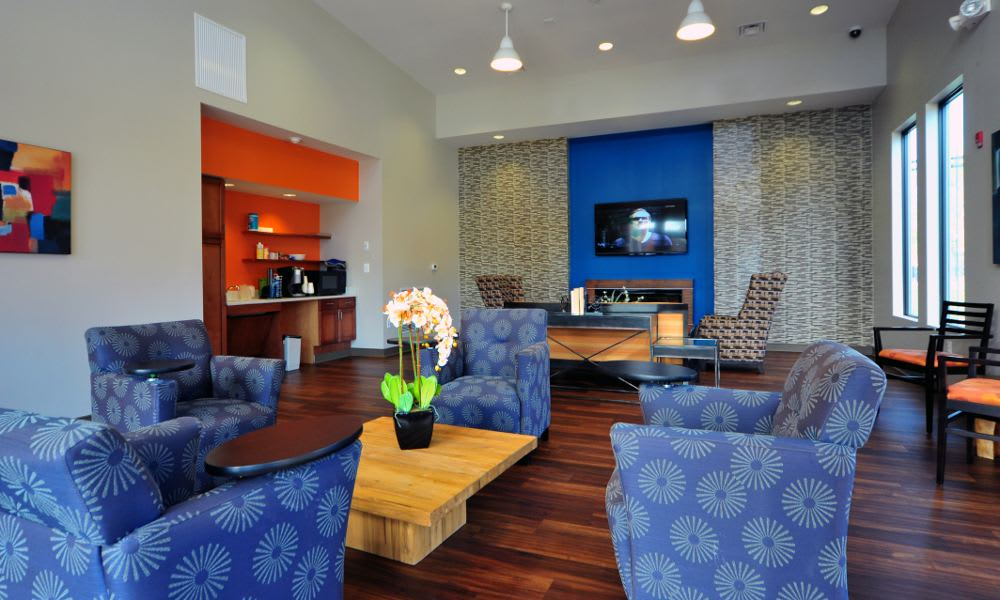 Well decorated spaces at Washington Apartments in Washington