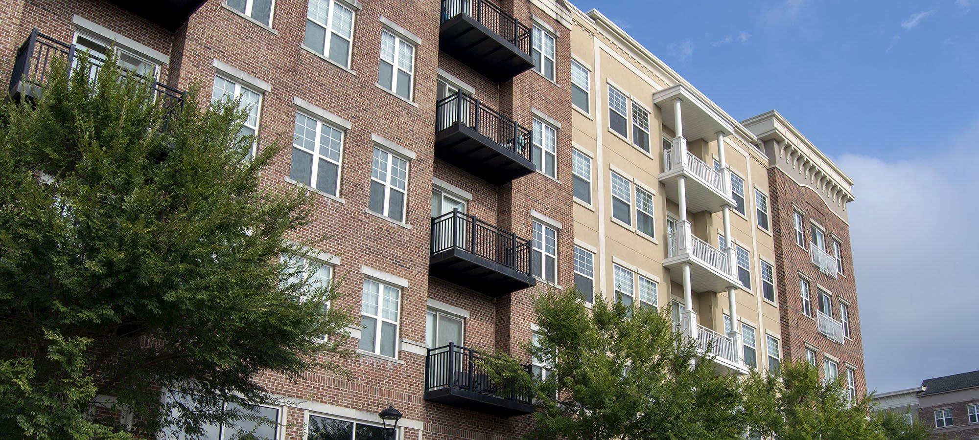 Learn more about our luxury apartments in Glen Allen, VA.