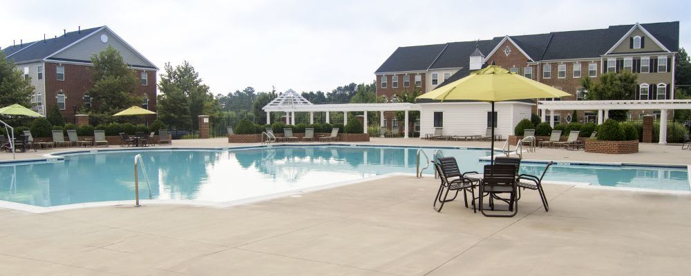 You've simply got to see our neighborhood at The Flats at West Broad Village in Glen Allen!