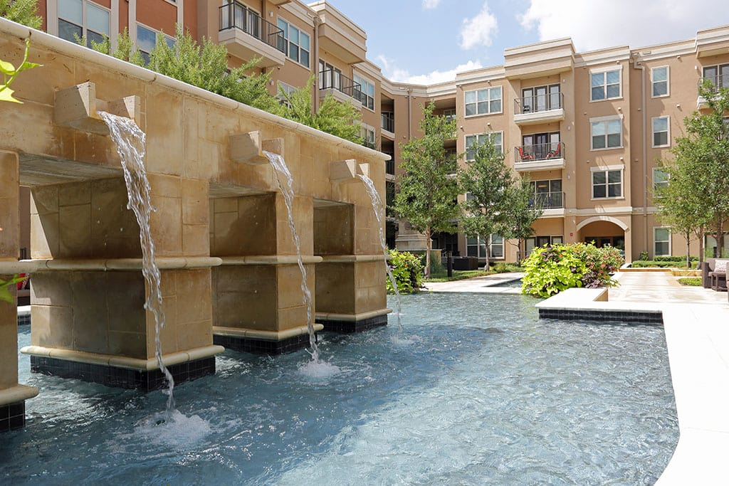 Fountains and pools in common areas at Addison Keller Springs