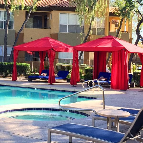 Amenities at The Retreat Apartments in Phoenix, Arizona