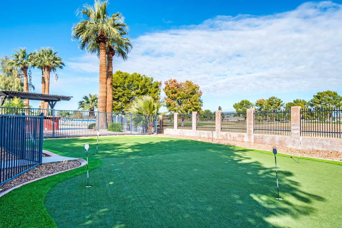 On-site dog park at Aventerra at Dobson Ranch
