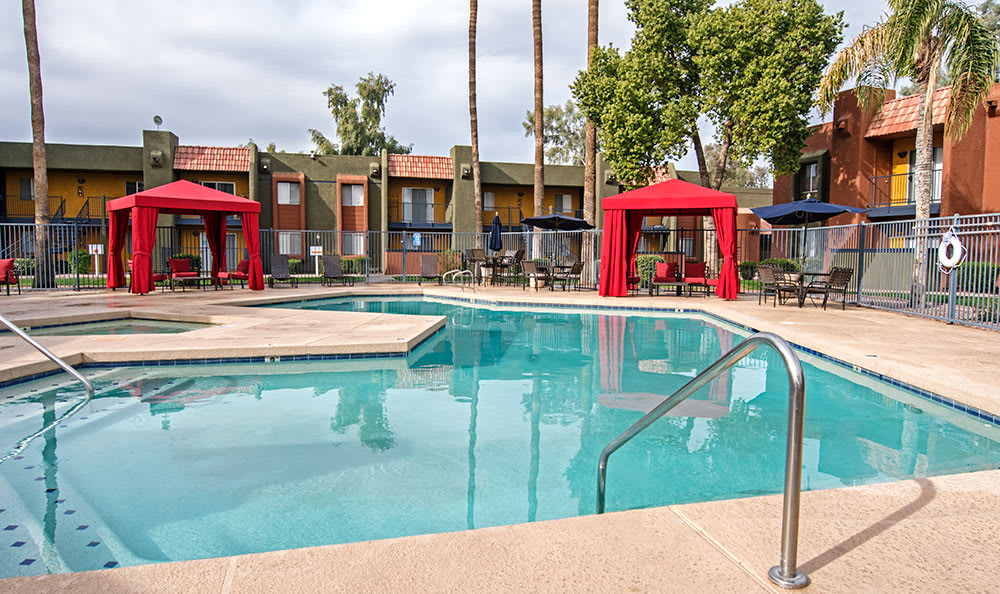 Full view of the swimming pool at Villetta Apartments in Mesa