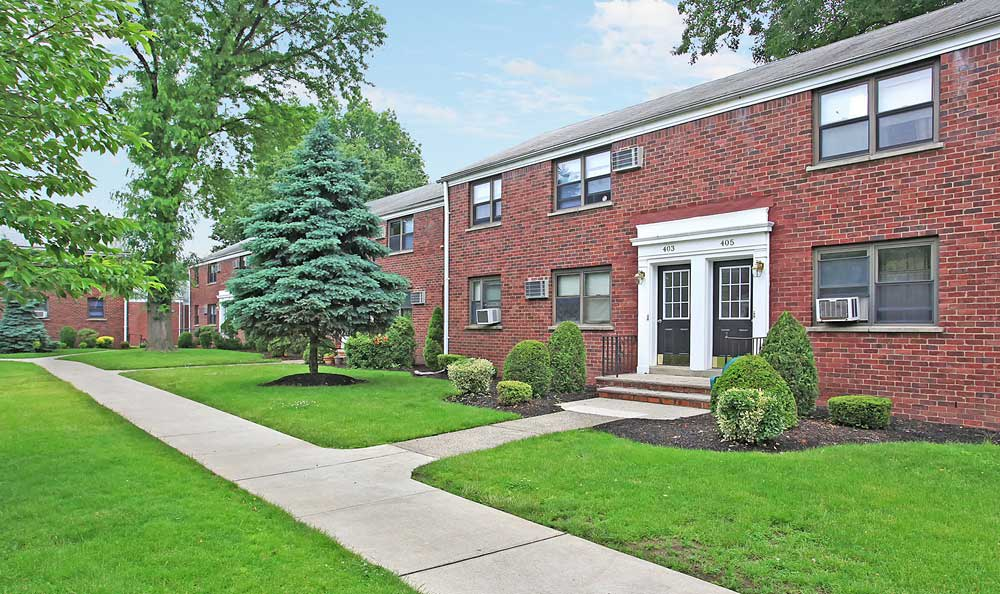 Skyline Apartments is ideally located in Hasbrouck Heights, New Jersey.