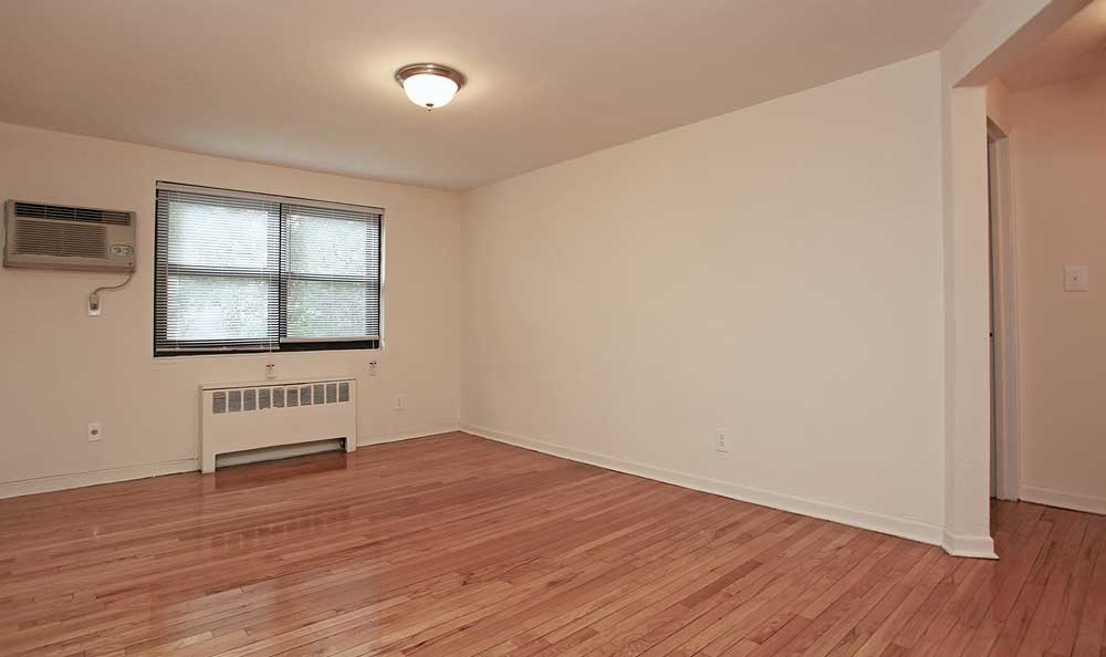 Gorgeous hardwood floors provide fuss-free cleaning and eye-catching detail at Boulevard Apartments.