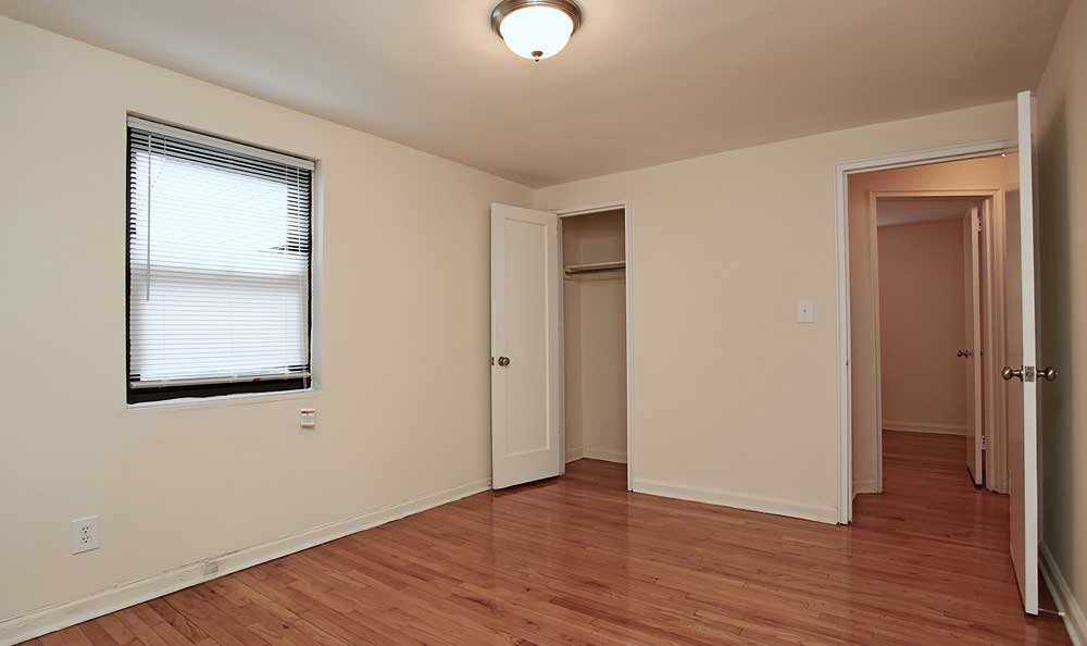 Boulevard Apartments offers spacious floor plans in Hasbrouck Heights, New Jersey.