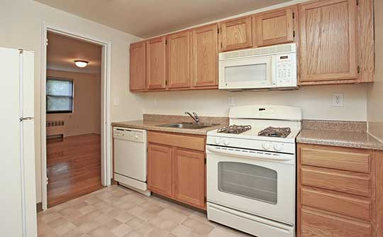Fully-equipped kitchens at Boulevard Apartments allow for endless culinary creations!
