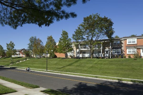 Chatham Hill offers Luxury apartments