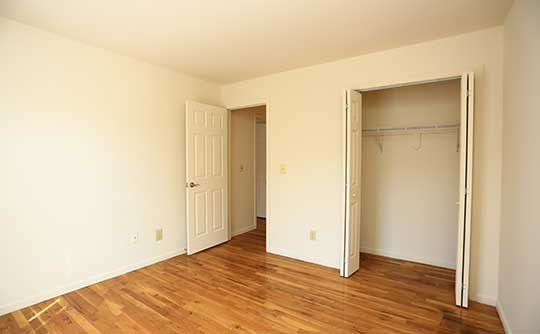 Spacious floor plans at Coventry Square Apartments