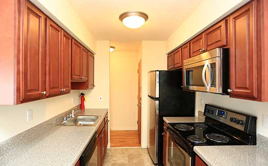 Coventry Square Apartments is tranquil and away from the hustle and bustle.