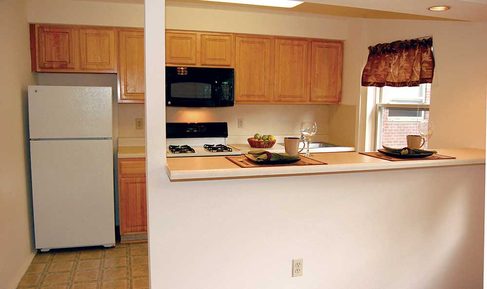 A fully equipped kitchen at Lakeview Apartments.