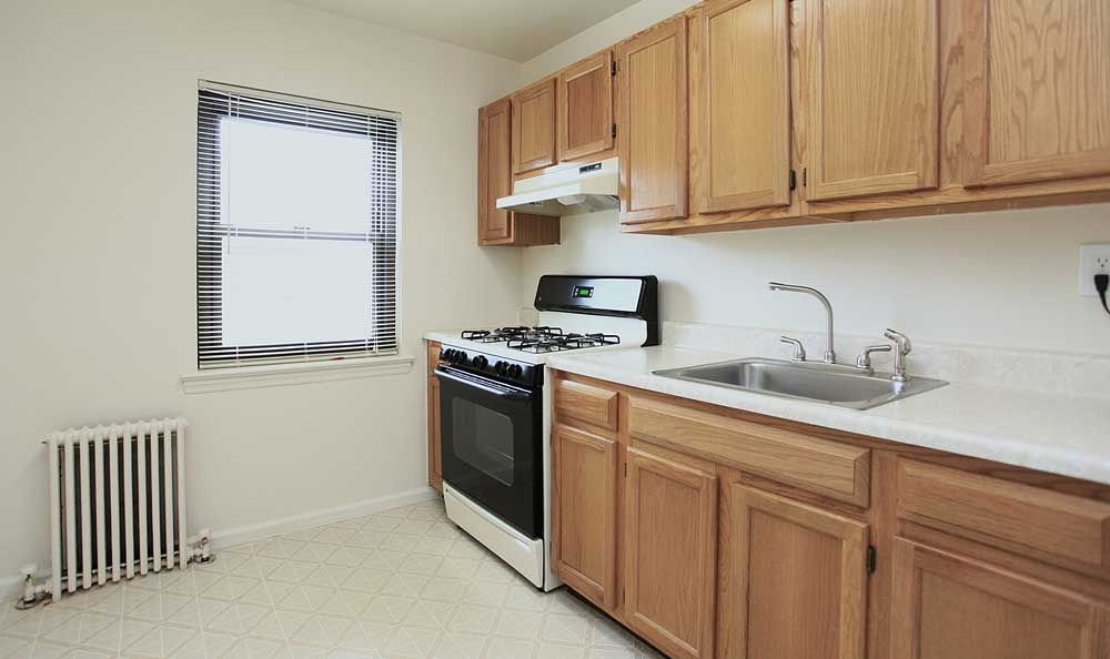 Spacious kitchen at Skyline Apartments