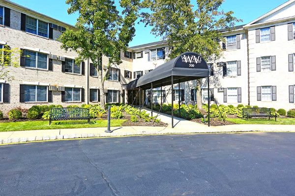 Stanford Court Apartments is ideally located in Westwood, New Jersey.
