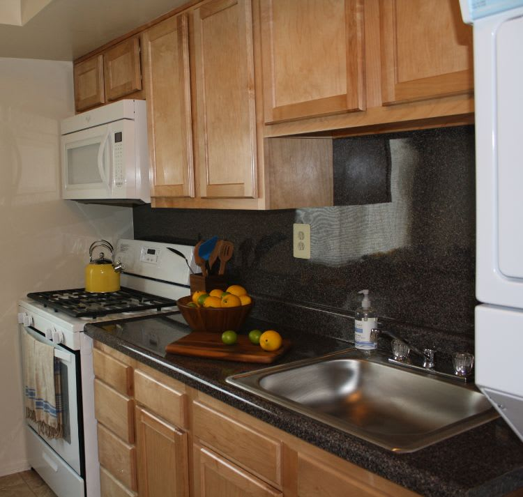 Fully-equipped kitchens at Essex Park allow for endless culinary creations!