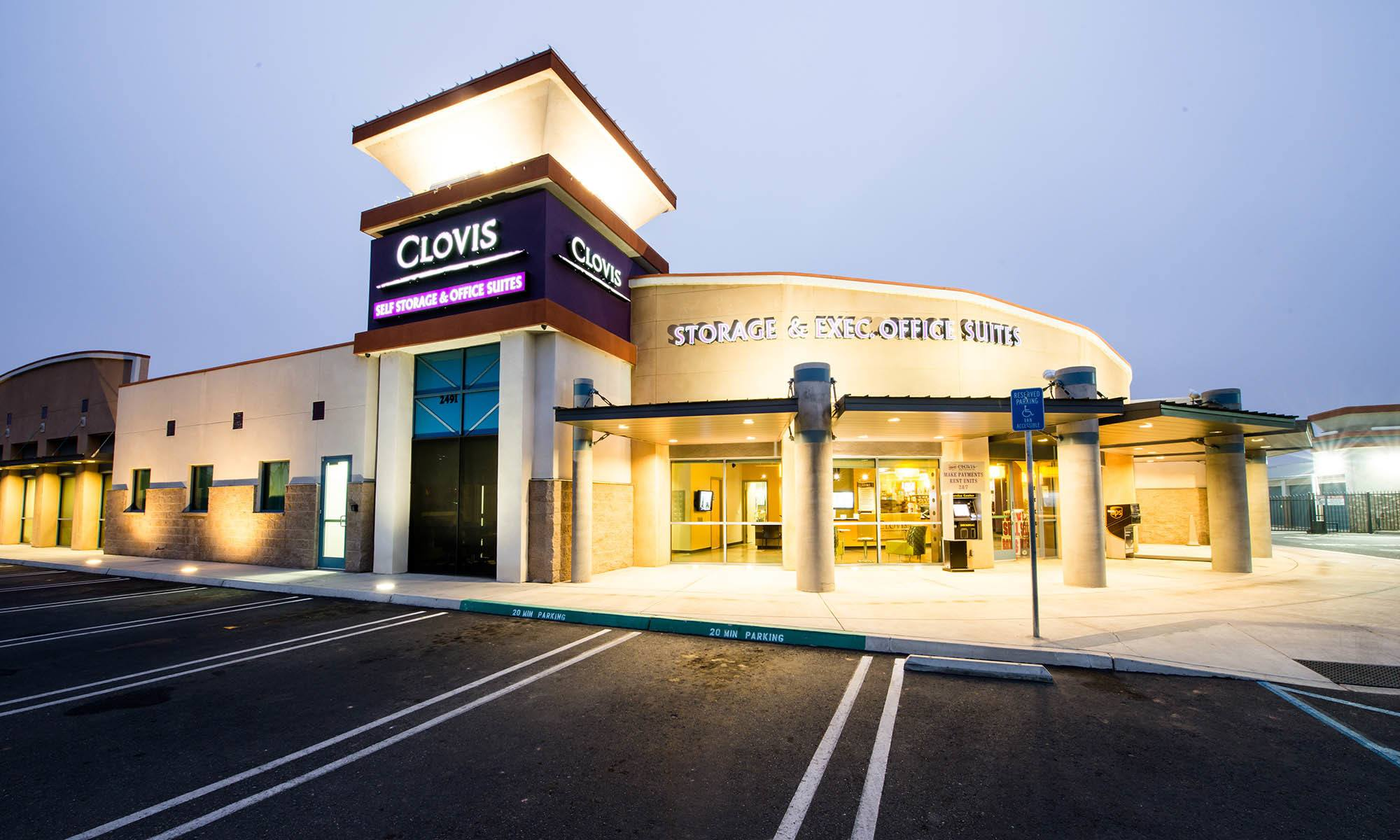 Self storage in Clovis CA