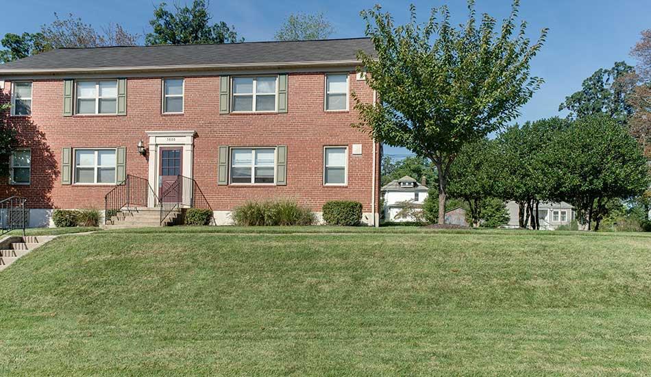 Arbor Oaks Apartments exterior