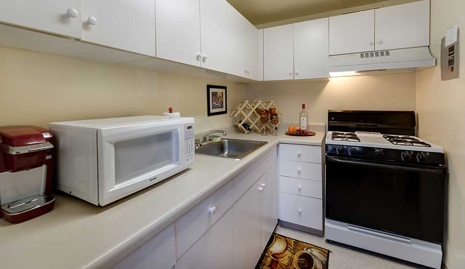 Fully equipped kitchen at Arbor Oaks Apartments