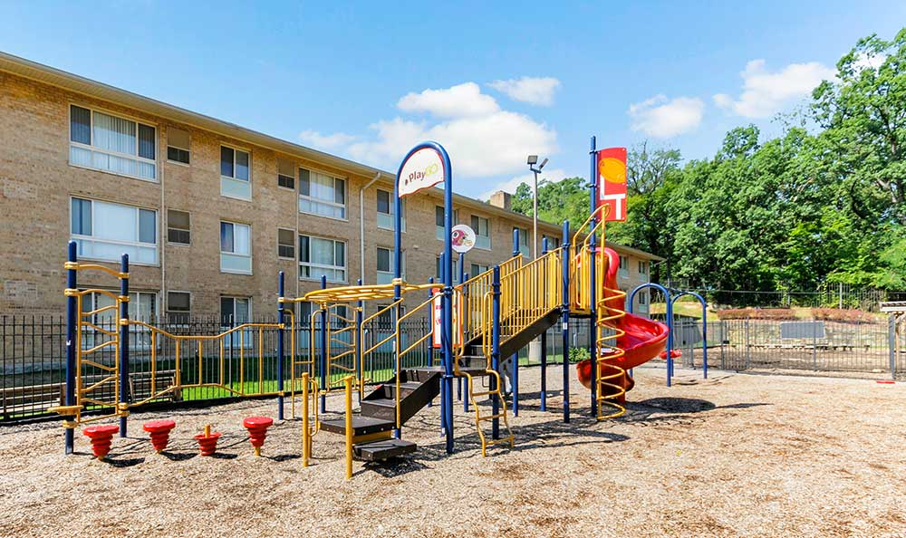 Cedar Heights kids play area