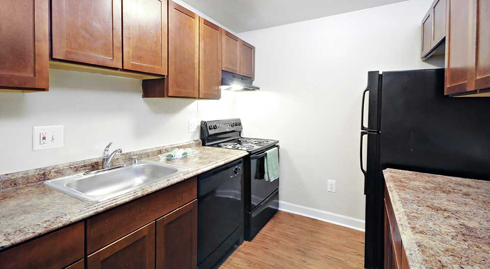 Downtown Baltimore, MD Apartments for Rent | City Place on the Avenue