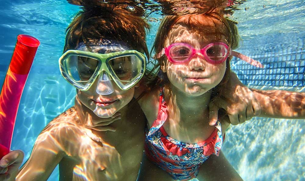 kids in the Columbia Commons pool