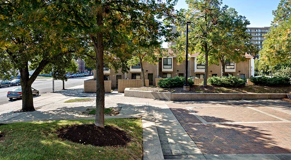 EastView Communities courtyard