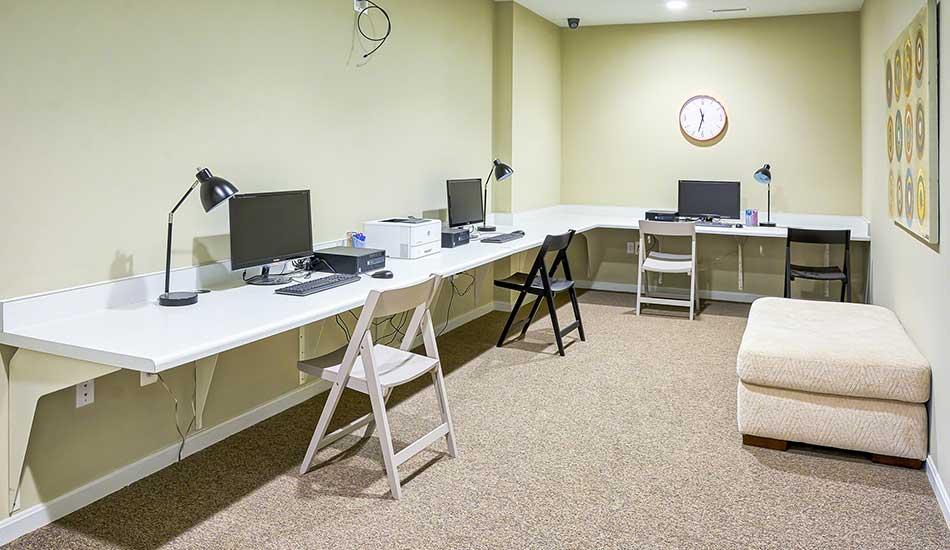 Resident computer room at Fulton Gethsemane Village