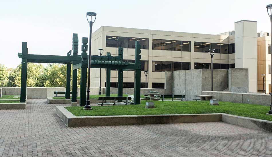 Gateway Plaza grassy area