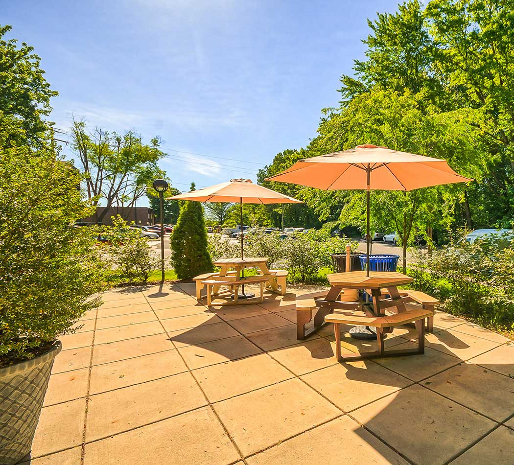 Community patio at West Wood Oaks