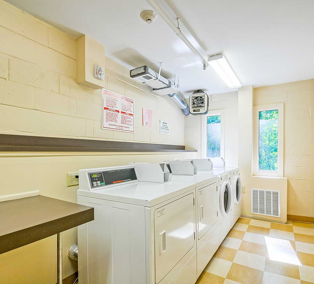 West Wood Oaks laundry room