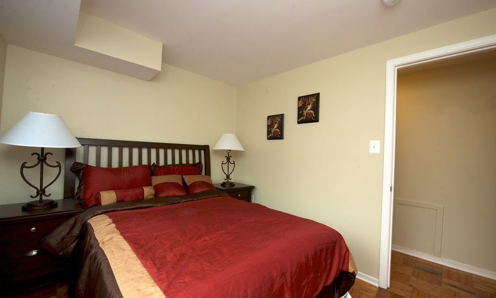 Guest bedroom at our apartments in Alexandria