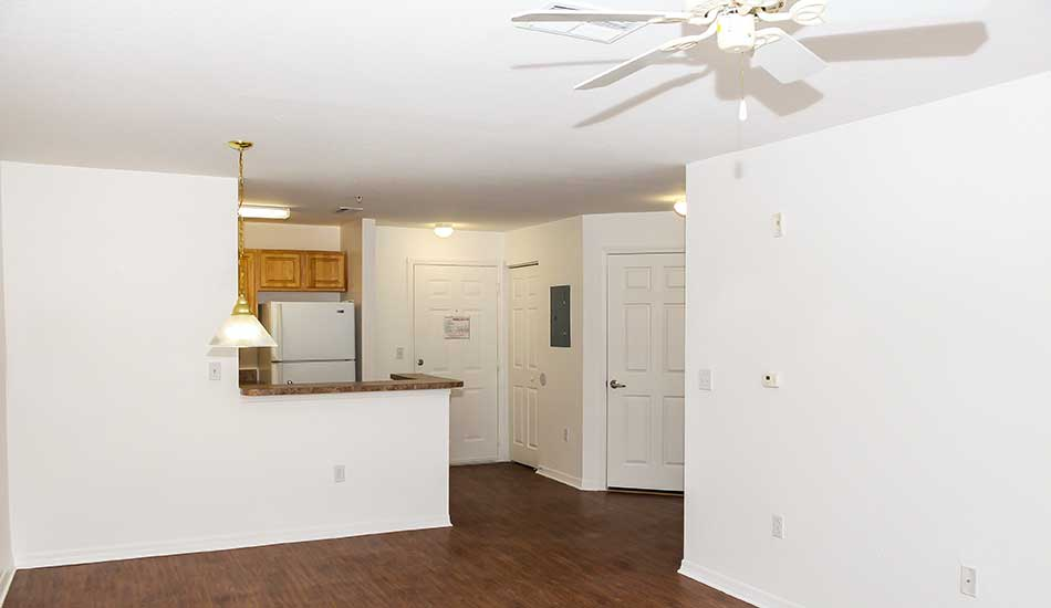 Hard wood floors at The Oaks at Riverview