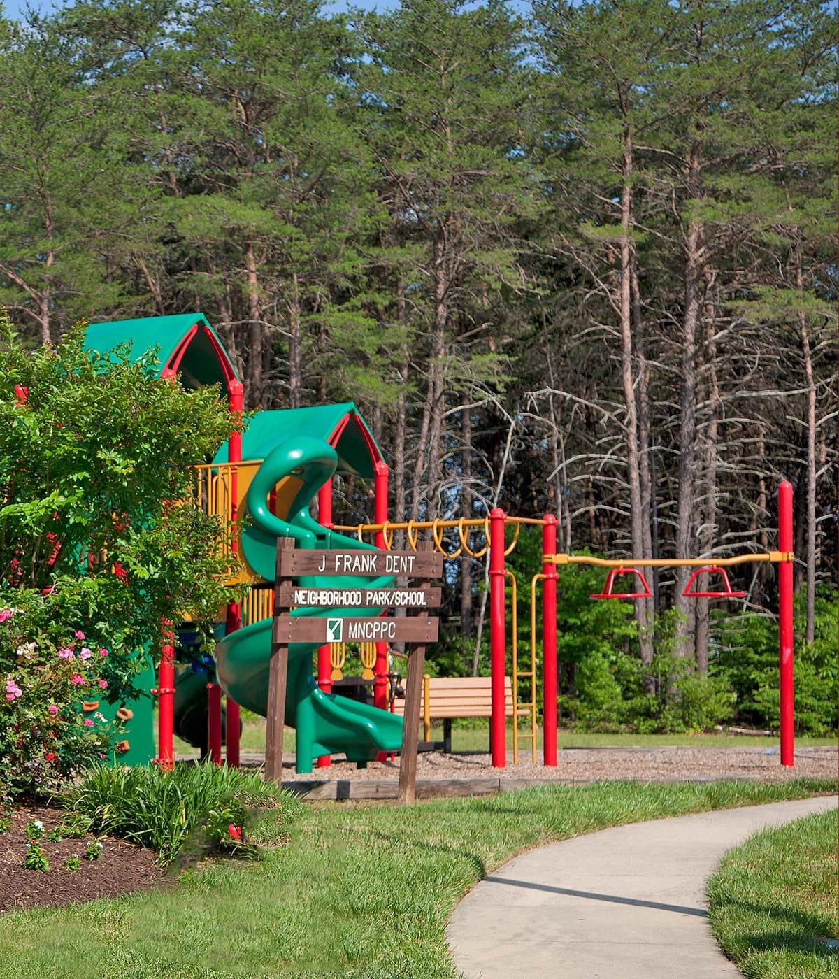 Henson Creek Manor play structure
