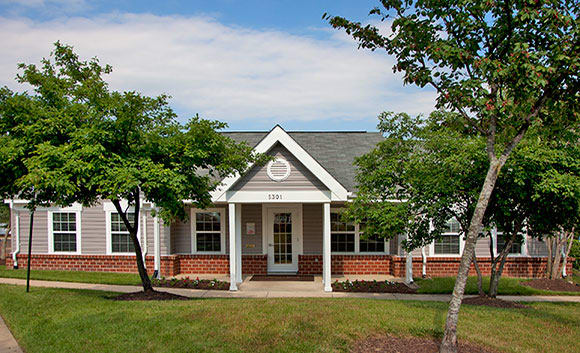 Henson Creek Manor leasing office