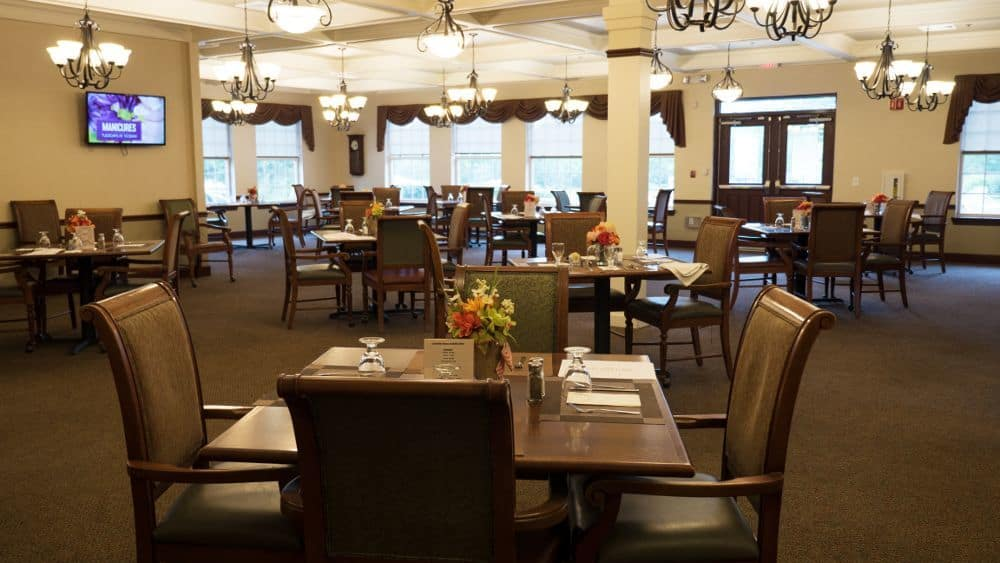 Community dining room at Creekside At Three Rivers Assisted Living in Murfreesboro