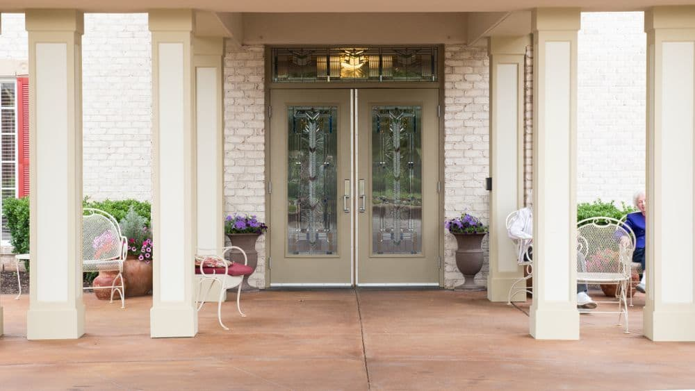 Exterior front door of Creekside At Three Rivers Assisted Living in Murfreesboro