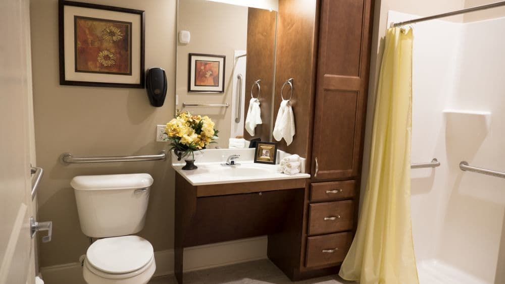 Model bathroom at Creekside At Three Rivers Assisted Living in Murfreesboro