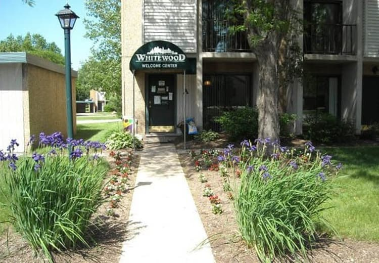 Whitewood Apartments Welcome Center in Twinsburg, OH