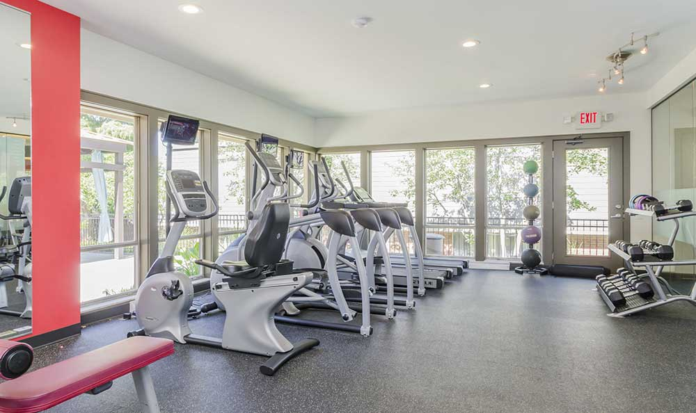 One Hundred Chevy Chase's fitness center with equipment