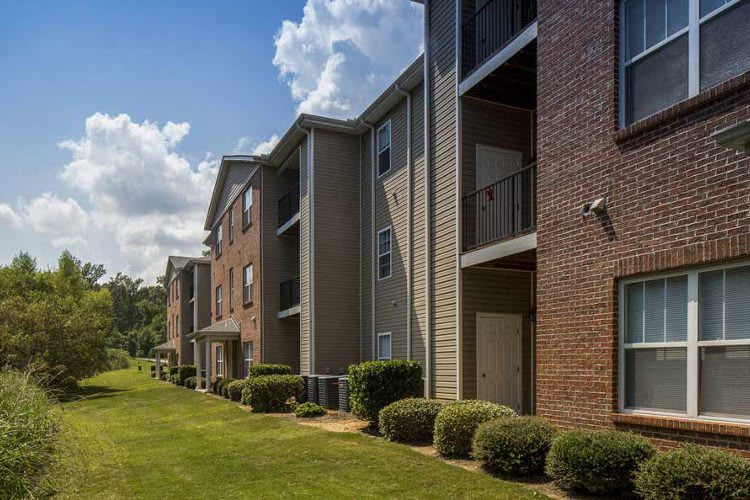 Gorgeous apartments at Overlook At Golden Hills in Lexington, SC