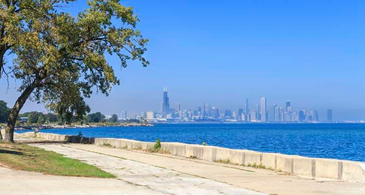 Enjoy beautiful views at 7100 South Shore Drive Apartments in Chicago, IL