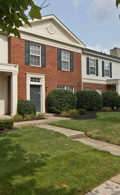 Exterior of apartments at The Woods at Polaris Parkway in Westerville, OH