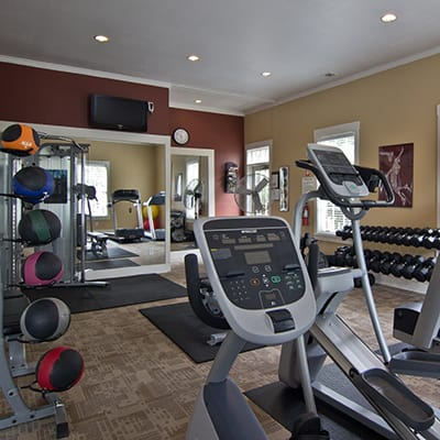 Enjoyr our on-site fitness center at The Woods at Polaris Parkway in Westerville, OH