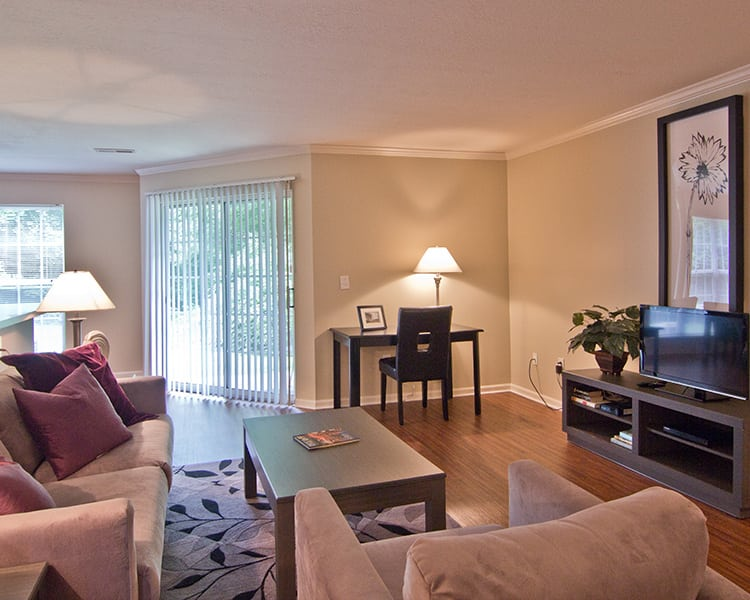 Comfortable and spacious living room at The Woods at Polaris Parkway