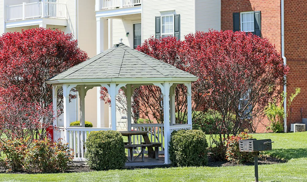 Gazebo of the apartments at The Preserve at Beckett Ridge