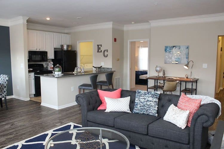 Living room at Easton Commons in Columbus, OH