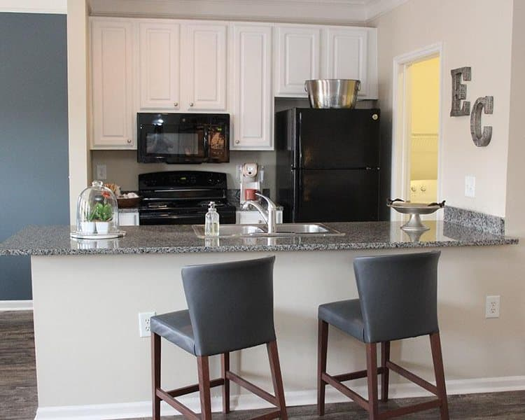 Full-equipped kitchen at Easton Commons in Columbus